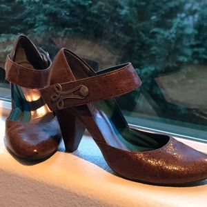 Dolls Brown Pumps